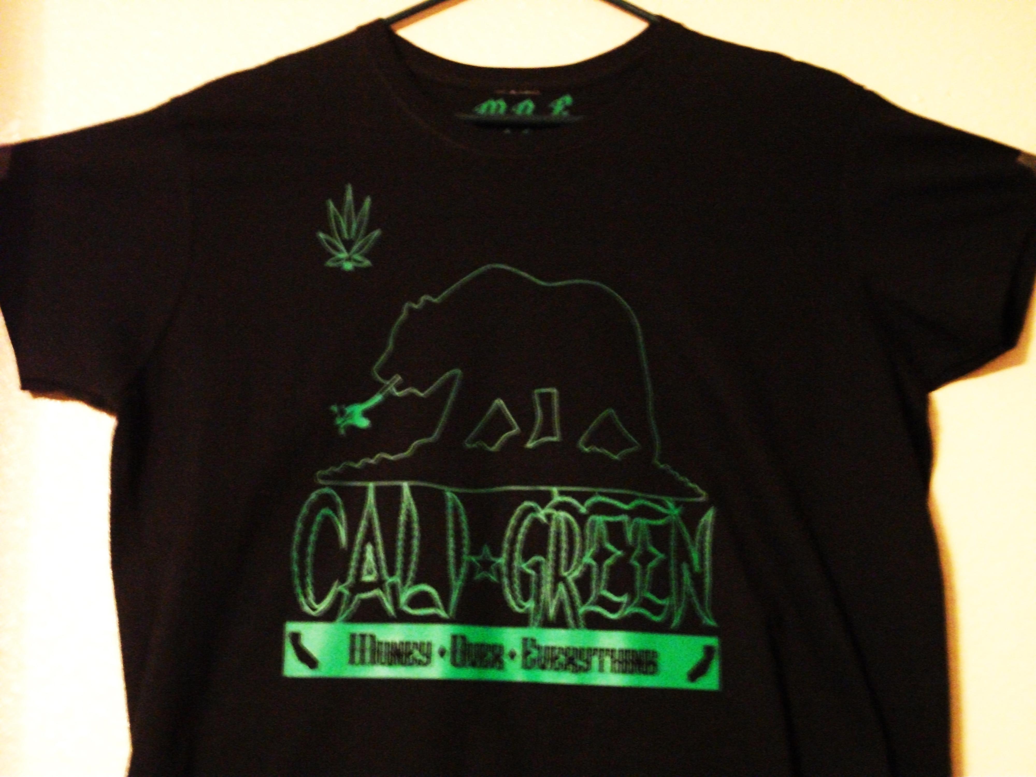 M.O.E. UNLTD. CLOTHING | Cali Green Women's Black/Green T-Shirt ...