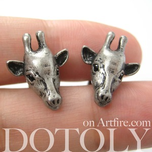 Miniature Realistic Giraffe Animal Stud Earrings in silver