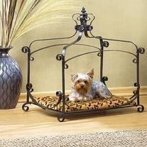 Royal Splendor Pet Bed
