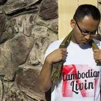 Men's/Unisex Tee: Red Krama Cambo Livin