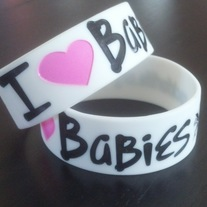 """I Heart BaBieS"" Wristband White"