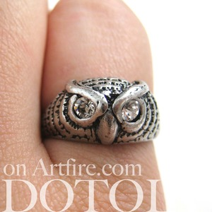 SALE Owl Animal Feather Ring in Silver - Available in Sizes 5, 6 and 7