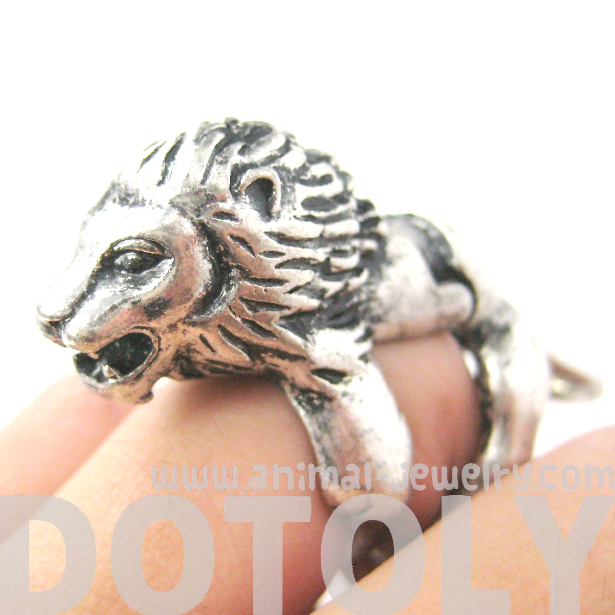 Detailed lion shaped animal armor joint knuckle ring in silver detailed lion shaped animal armor joint knuckle ring in silver sizes 5 to 9 nvjuhfo Image collections