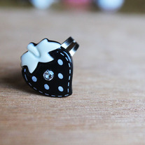 Black Strawberry Ring