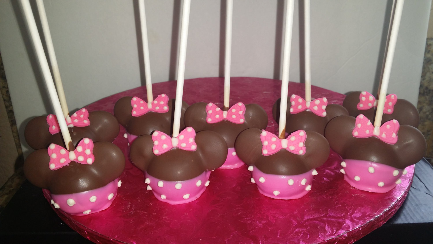 Minnie Mouse Cake Pops Sitting Down On Stick On Storenvy
