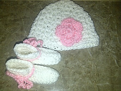 White   Pink Hat   Baby Booties Set · Jasmine and Arianna s Boutique ... a0afb905383