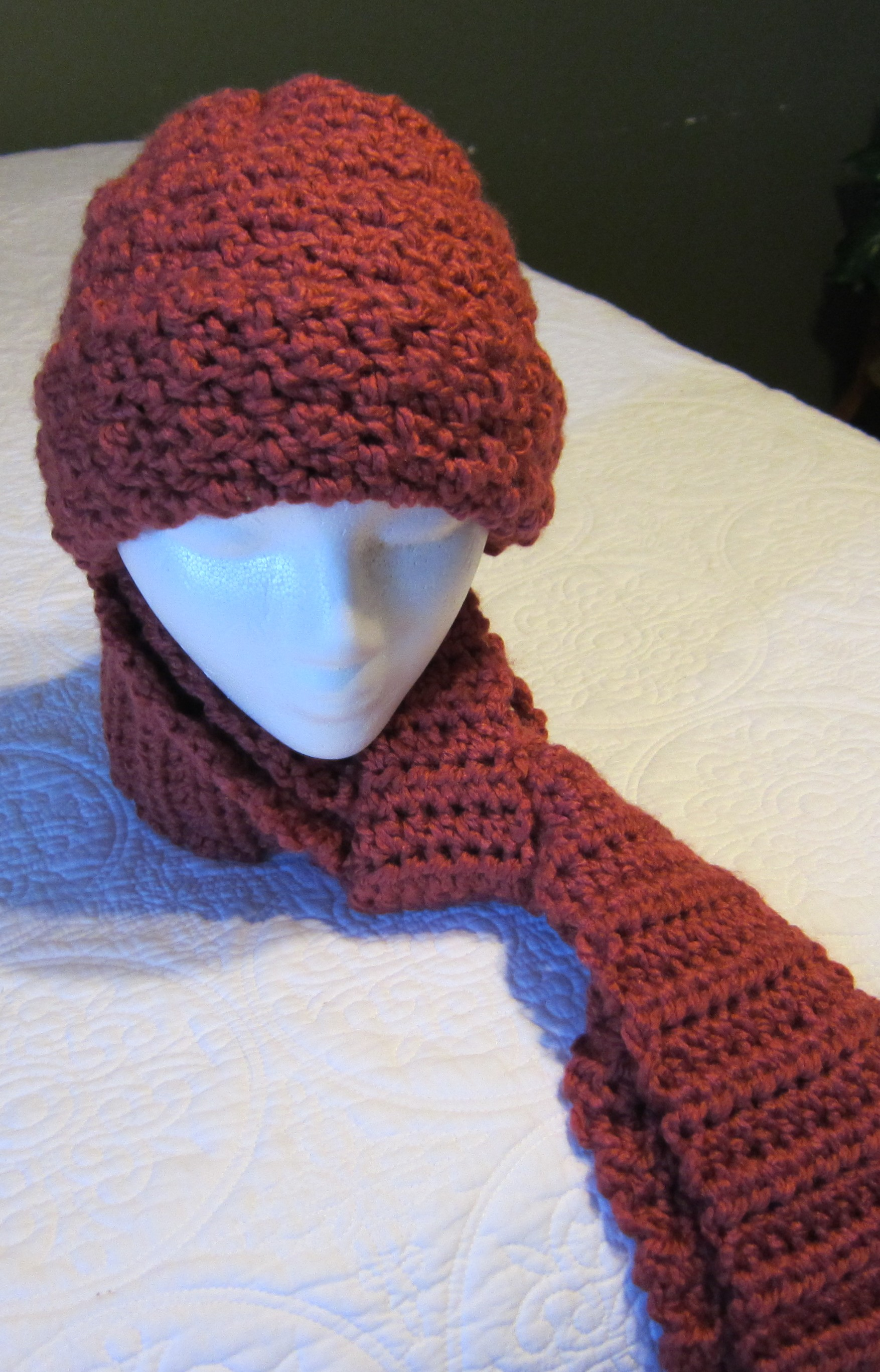 how to make a winter hat with yarn
