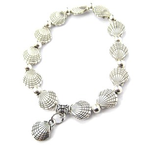 Seashell Shells Shaped Beaded Stretchy Charm Bracelet in Silver