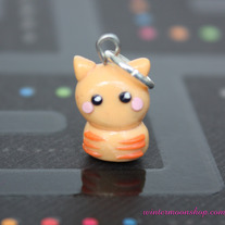 Chaxy_20cat_20charm_medium