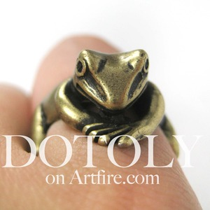 Miniature Frog Wrap Around Animal Ring in Bronze - Sizes 4 to 9 available