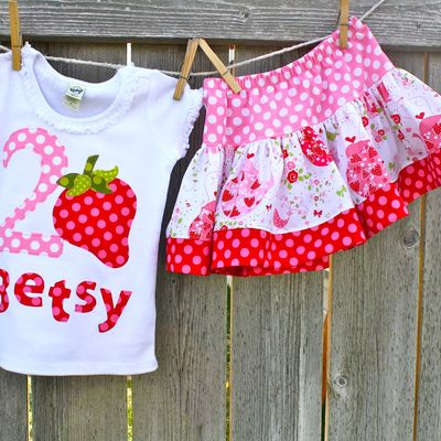 Sweet strawberry shirt and skirt set