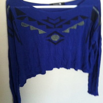 Tribal design, long-sleeved, Forever 21 crop top