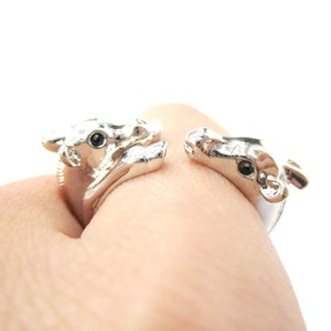 Mom and Baby Giraffe Animal Hug Wrap Ring in Shiny Silver | Sizes 5 to 9