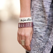 Never_20doubt_20bracelet_medium