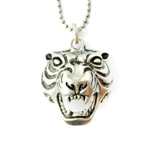 Fierce Tiger Face Head Shaped Animal Pendant Necklace in Silver