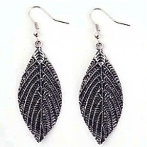 Textured Vintage Leaf Earrings
