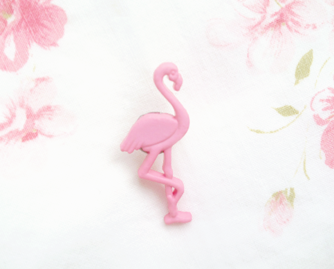 pink flamingo brooch pin