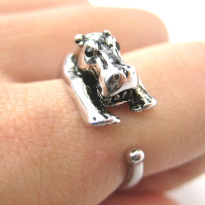 Miniature Baby Hippo Animal Wrap Around Ring in Shiny Silver - Sizes 5 to 9