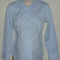 Light Blue Long Sleeve Cotton Shirt/Buttons/Collar-Motherhood Maternity Size Medium  CLSR1