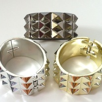 1 gold silver OR gunmetal tone acrylic punk pyramid stud spike hinged bracelet bangle