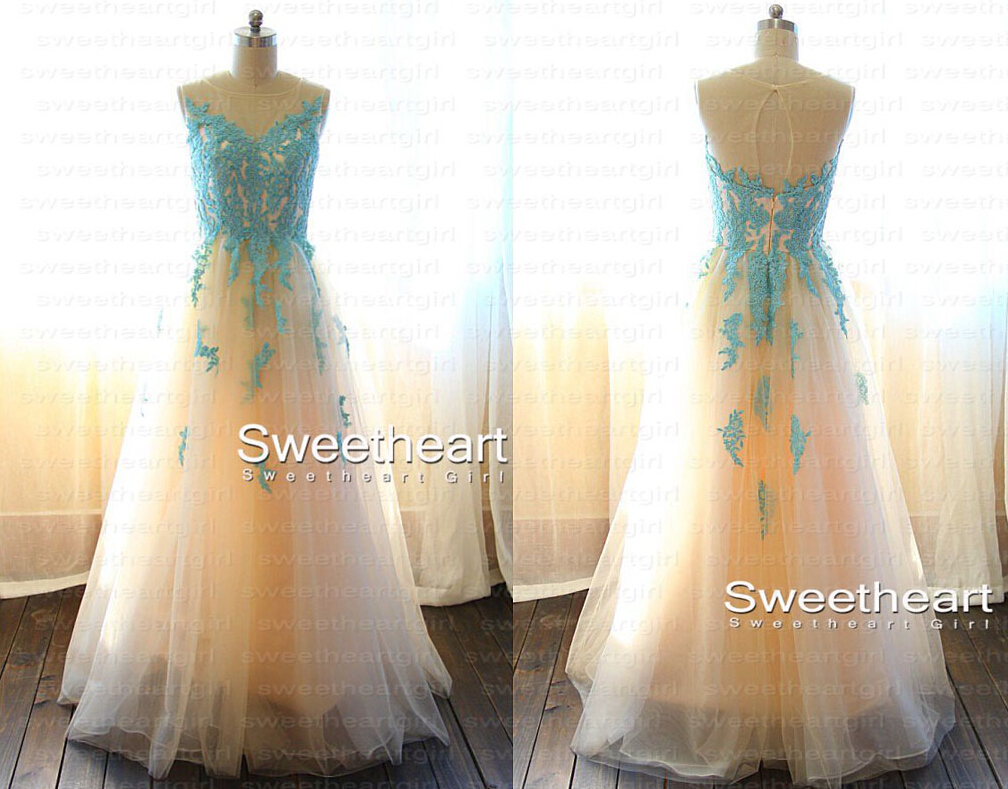 sweetheart blue prom dress