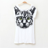 Cat wearing glass print t-shirt
