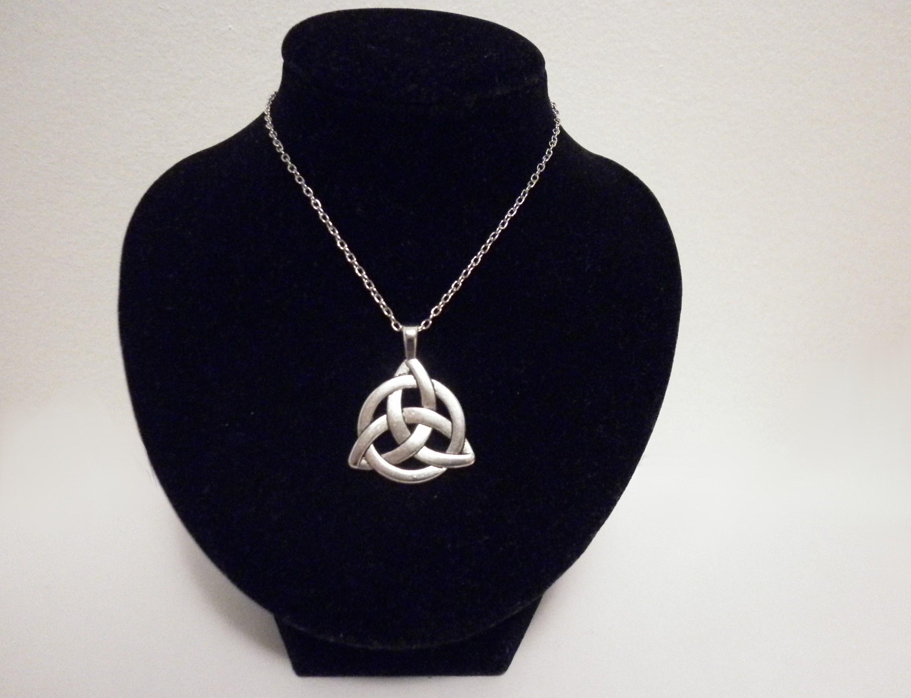 silver celtic triquetra knot pendant necklace pagan