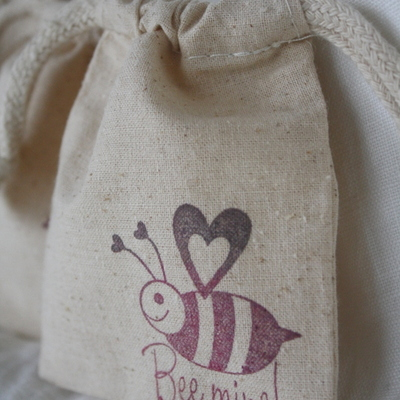 Favor bags - valentines - treat bags - bee mine design