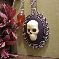 Skull Cameo Necklace Straight-On View