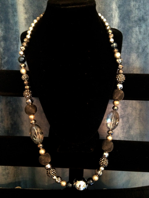 Donna silver and black detailed stone necklace tyme for Sparkles jewelry lakewood nj instagram