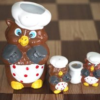 Vintage Kitchen Owls