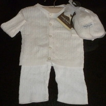White Sweater/Pants/Booties-NEW-Wendy Bellissimo Size 6-9 Months