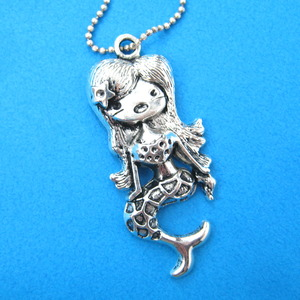 Super Cute Mermaid Charm Necklace in Silver