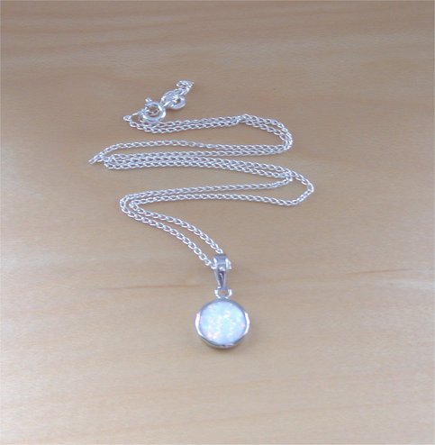 925 White Opal Pendant Amp 18 Quot Sterlingsilver Chain Opal