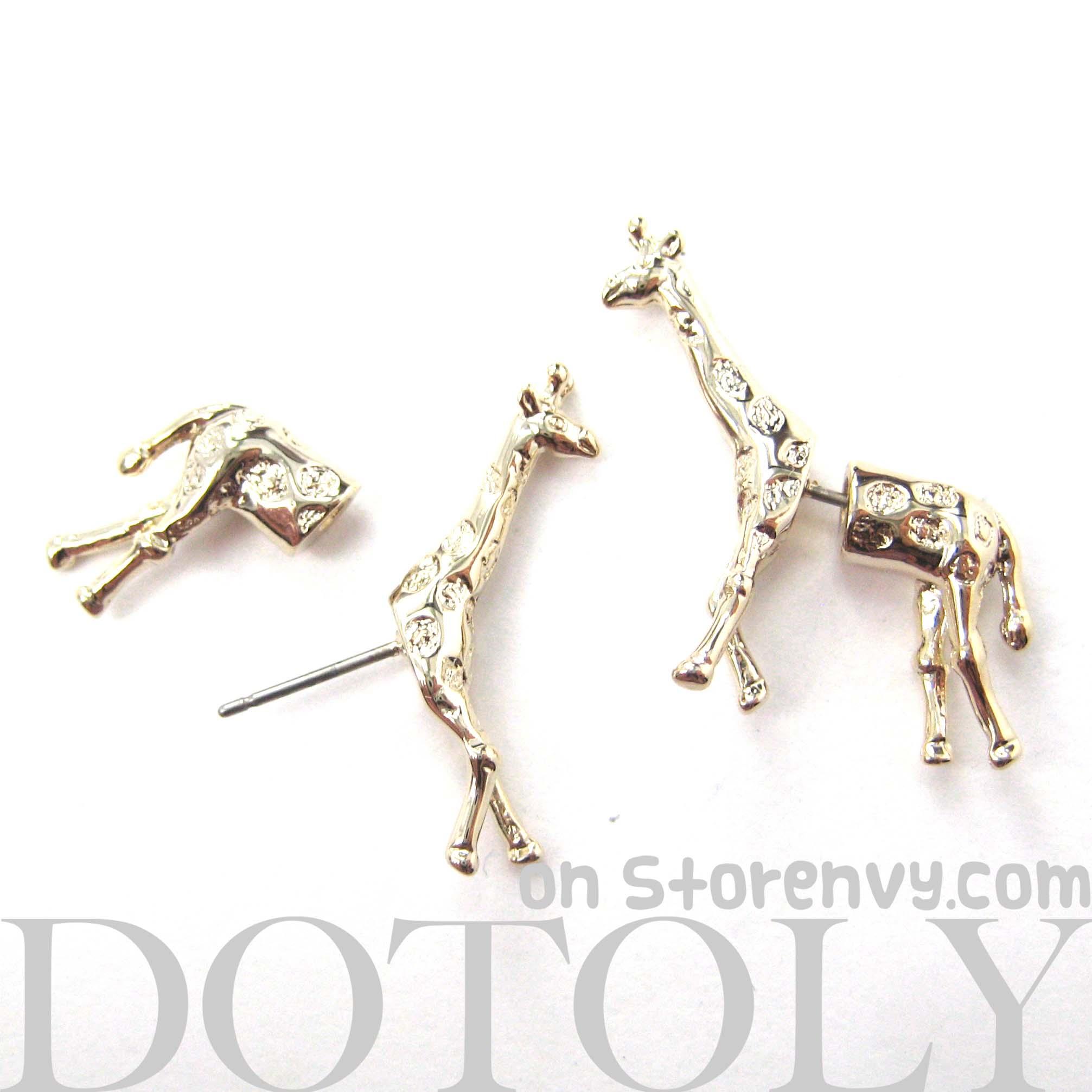 Fake Gauge Realistic Giraffe Animal Stud Earrings In Shiny Gold