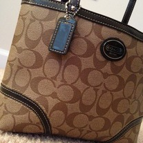 COACH PEYTON TOP HANDLE TOTE KHAKI/MAHOGANY/BROWN SIGNATURE
