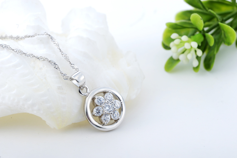 Sterling Silver CZ Flower Pendant Necklaces 5Nq3R5Ea