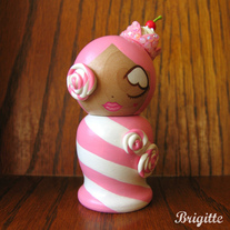 Kokeshi Doll #75 Dame Lolly