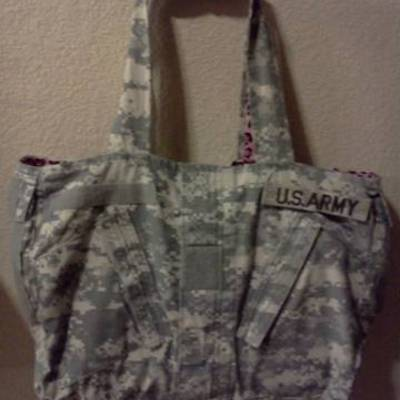 Medium military acu tote bag