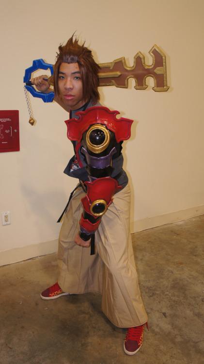 Kingdom Hearts Terra Foam Keyblade Prop Canid Enterprises