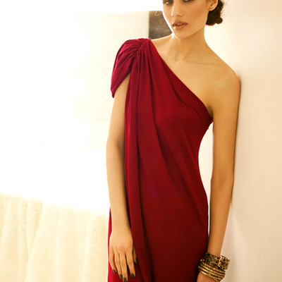 One shoulder red shift dress