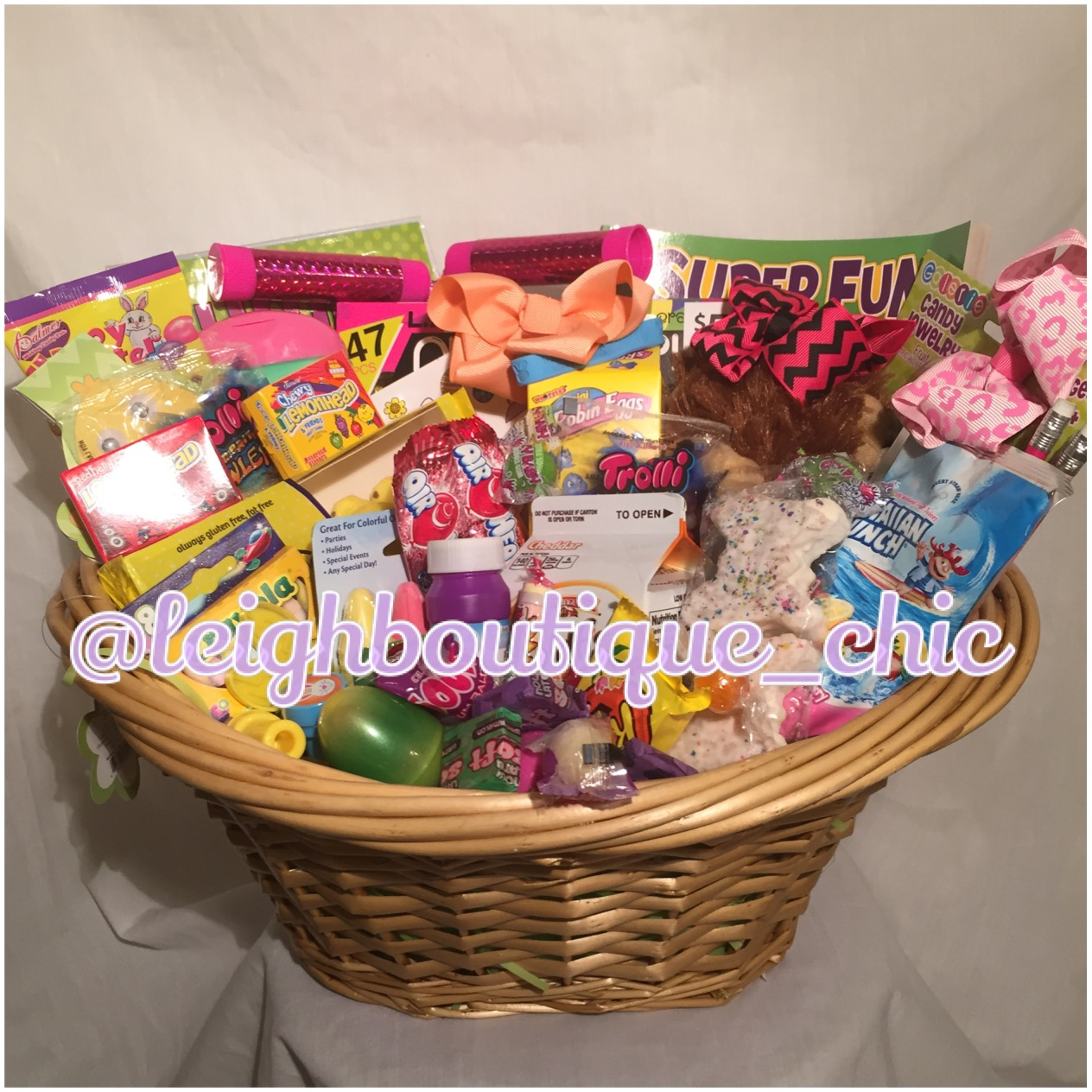 Traditional kids girls boys easter baskets easter 2016 baskets traditional kids girls boys easter baskets easter 2016 baskets easter gift baskets filled negle Gallery