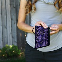 Velvet_20clutch_20blue_20violet_20embroidery_medium