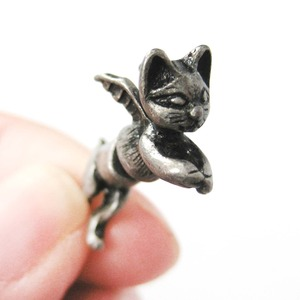 Kitty Cat Burglar Animal Fake Gauge Stud Earrings in Silver