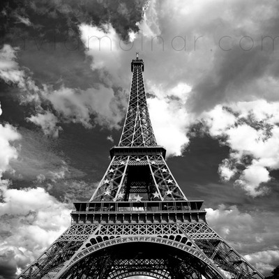P004 eiffel tower