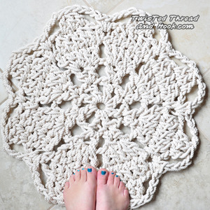 Flower Bathmat - Rope Rug for Nautical Bathroom Decor - Handmade Mat