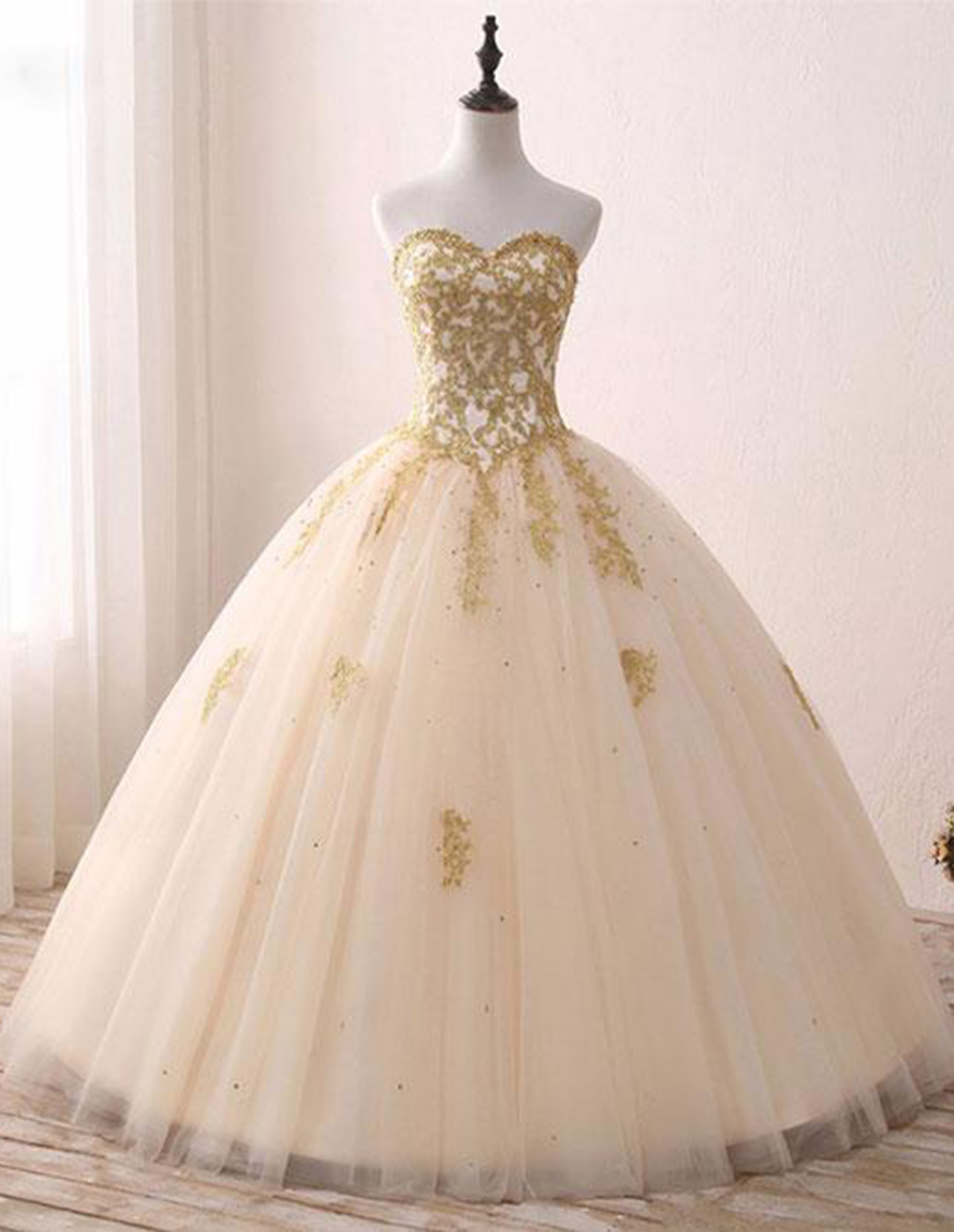 Princess sweetheart golden appliques long formal prom dress, tulle ...