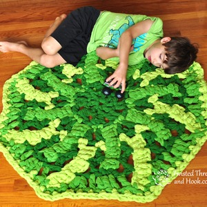 Green Nursery Rug - Soft Fleece Rug - Turtle Shell - Handmade to order