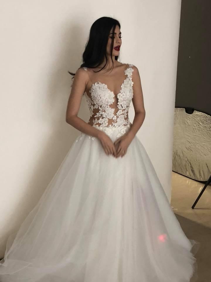 White Lace Summer Beach Wedding Dress See Through Jewel Neck ...