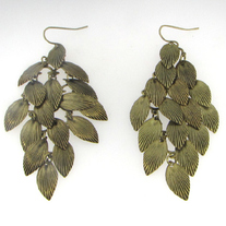 Vintage Gold Filigree Leaves Earrings